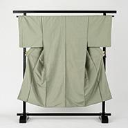 薄い緑の袴