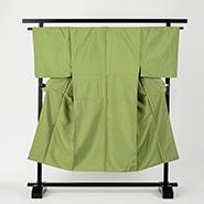 濃い緑の袴