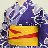 紫色ベースの着物