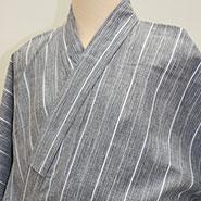 ラインの入った袴